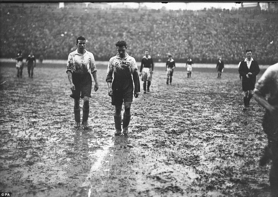 The Valley - Charlton v Preston, February 1937